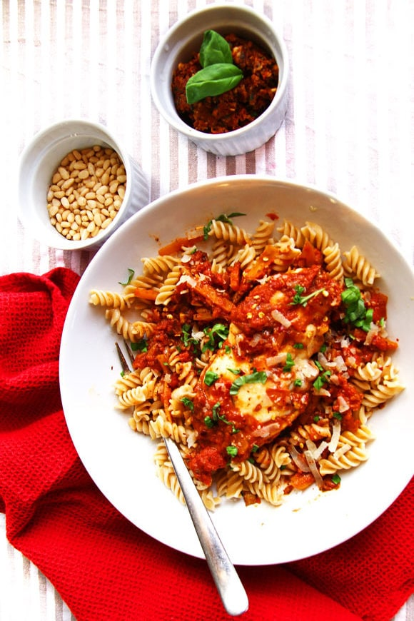 Mozzarella Chicken and Tomato Pesto Sauce