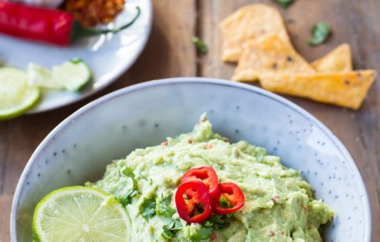 The Best Easy Guacamole Recipe (Fresh and Spicy)