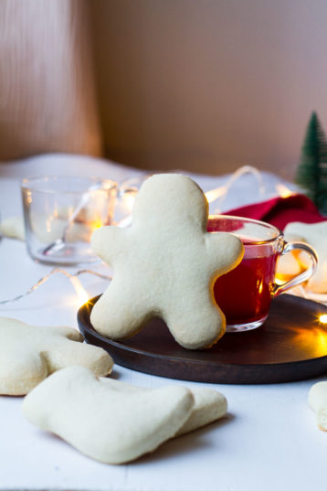 Norwegian Christmas Men Cookies (Julemenn)