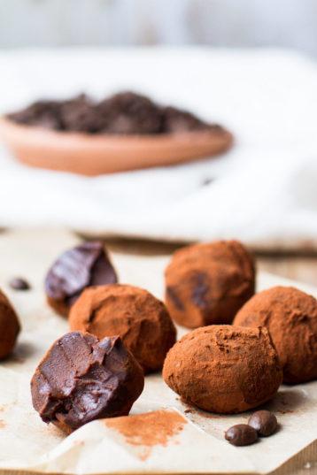 Dreamy Creamy Chocolate Coffee Truffles