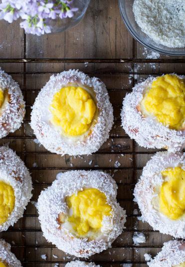 Vanilla Custard and Coconut Sweet Buns (Skoleboller)