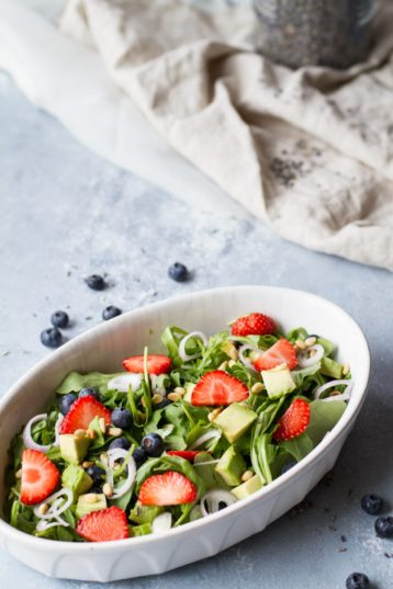 Strawberry Arugula Summer Salad + Lemon Vinaigrette