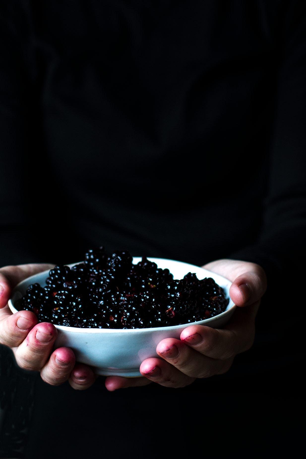 Easy Delicious Blackberry Syrup