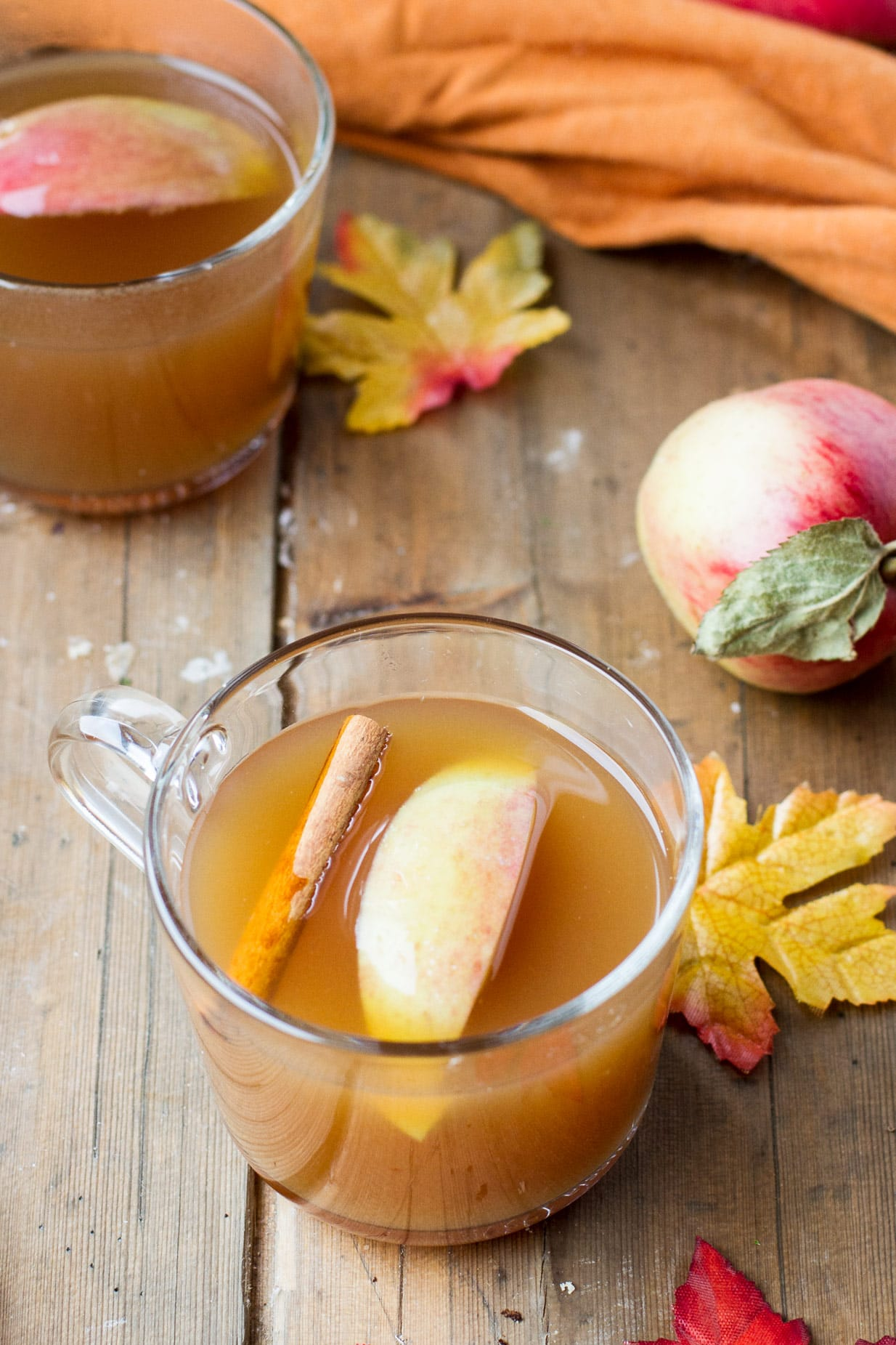 Hot Mulled Apple Cider (Eplegløgg)