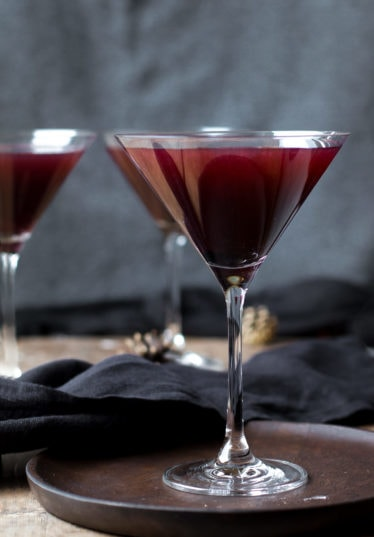 Poison Blackberry Martini – Halloween Cocktail