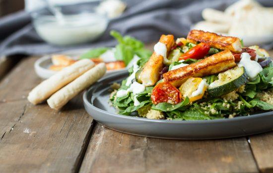 Healthy Halloumi Quinoa Salad with Garlic Vegetables