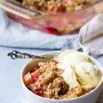Easy Rhubarb Crisp with Raspberries (Crumble Pie)