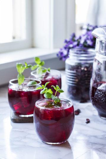 Refreshing Hibiscus Tea Recipe and its Health Benefits
