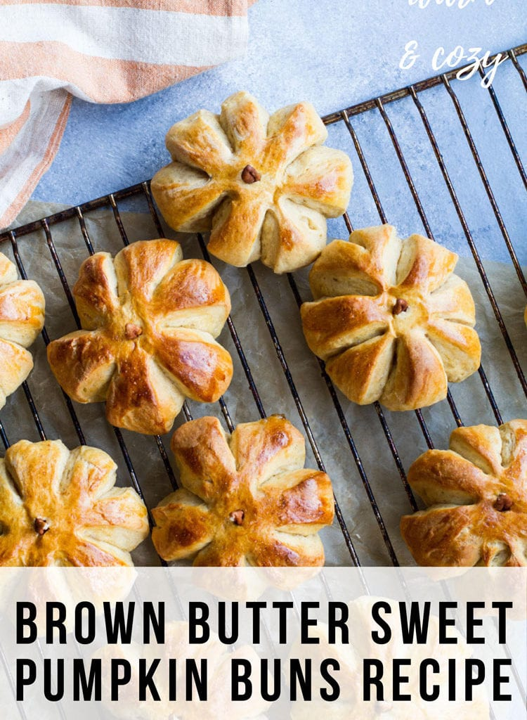 Pumpkin shaped rolls seen from above. Text overlay at the bottom, Pinterest pin.