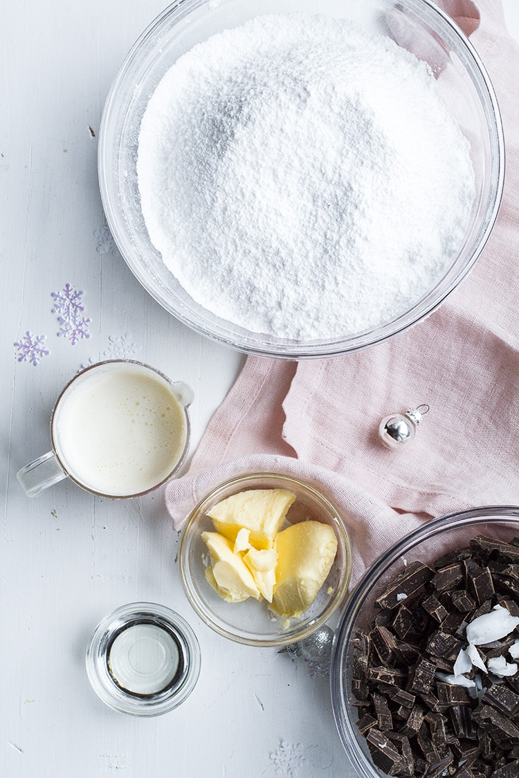 Ingredients for peppermint patties.